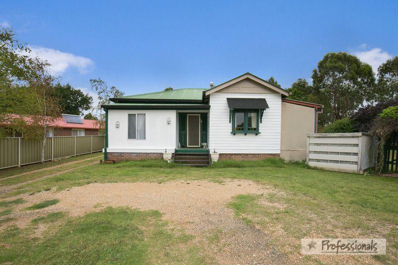 18 Samuelson Crescent, Armidale NSW 2350, Image 0