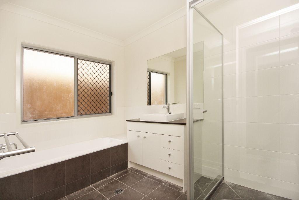 1/64a Enoggera Road, Newmarket QLD 4051, Image 4