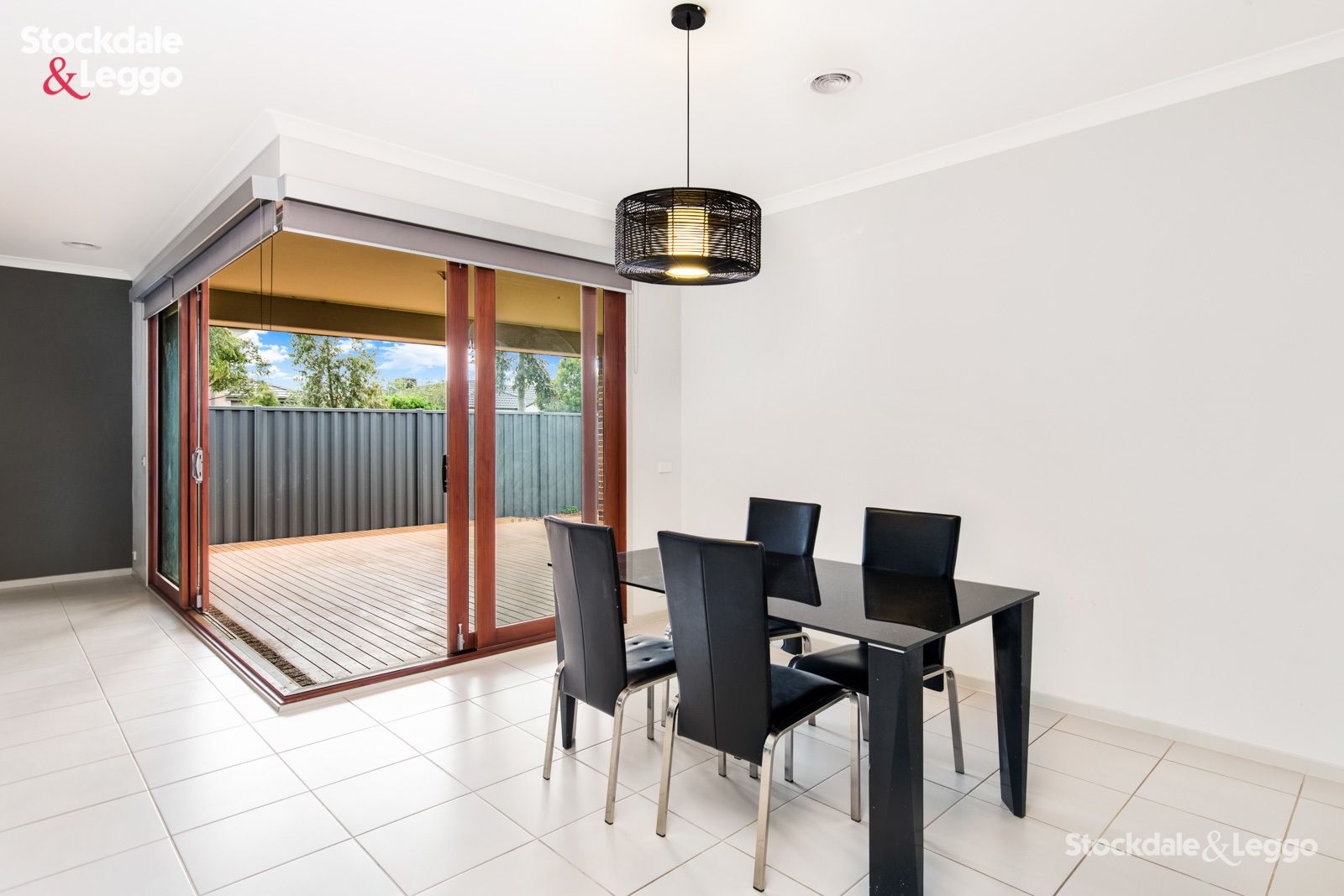 8 McHaffie Terrace, Manor Lakes VIC 3024, Image 2