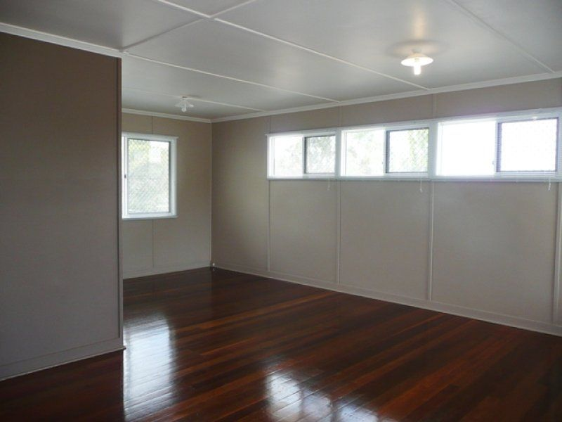 6 Rutherford Street, Stafford Heights QLD 4053, Image 2