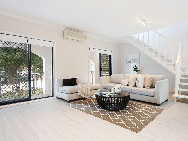 47 Park Street, Peakhurst NSW 2210, Image 2