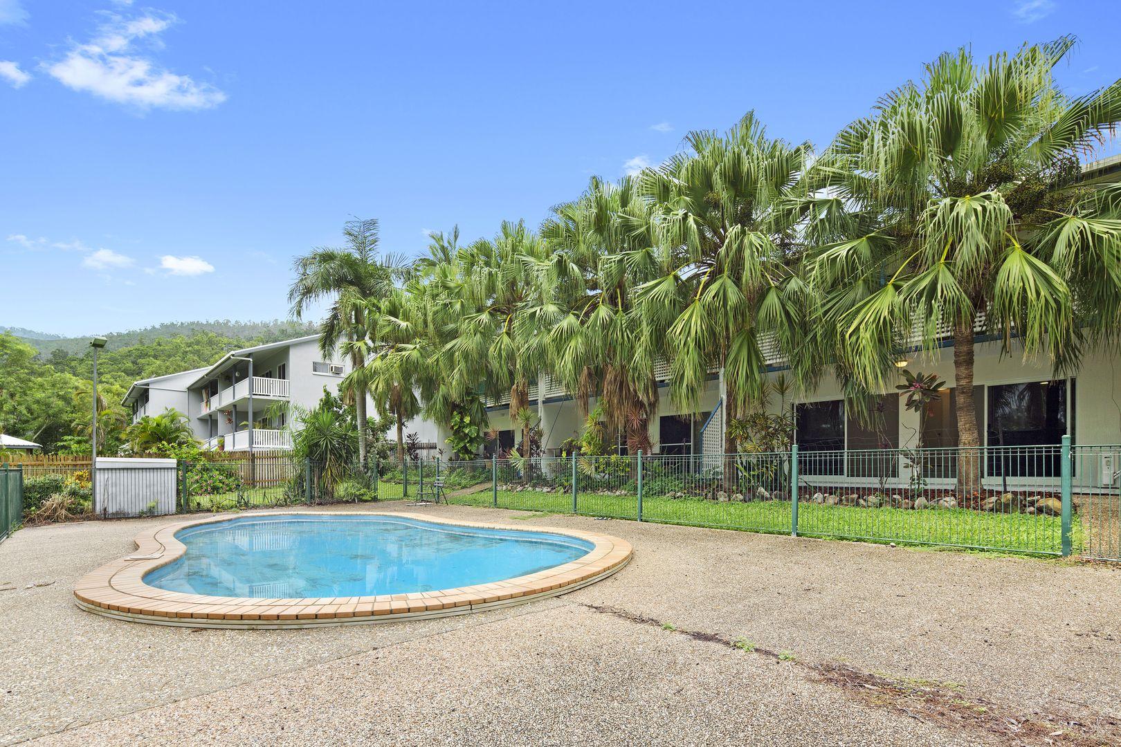 2/15 Tropic Road, Cannonvale QLD 4802, Image 2