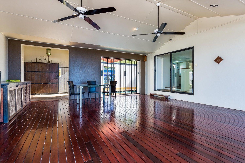 10 Strutton Place, Mooroobool QLD 4870, Image 1