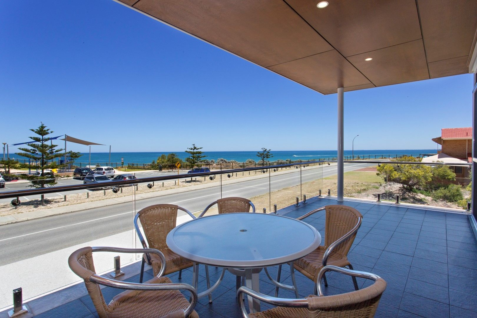 Ormsby Terrace, BEACHFRONT, Silver Sands WA 6210 - 3 beds ...
