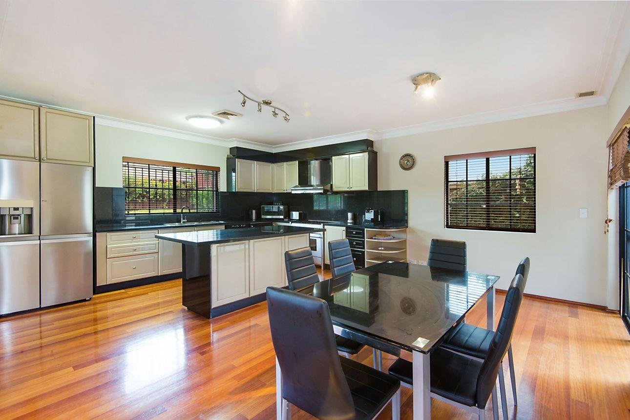 12 Glenview Close, Bella Vista NSW 2153, Image 1