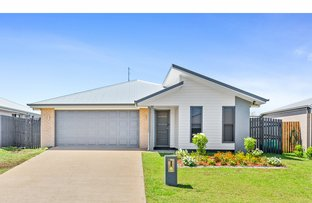 Picture of 60 Varsity Crescent, Norman Gardens QLD 4701
