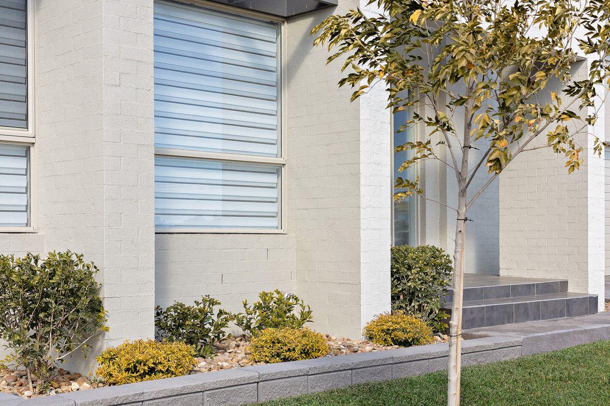 110 Gledswood Hills Drive, Gledswood Hills NSW 2557, Image 1