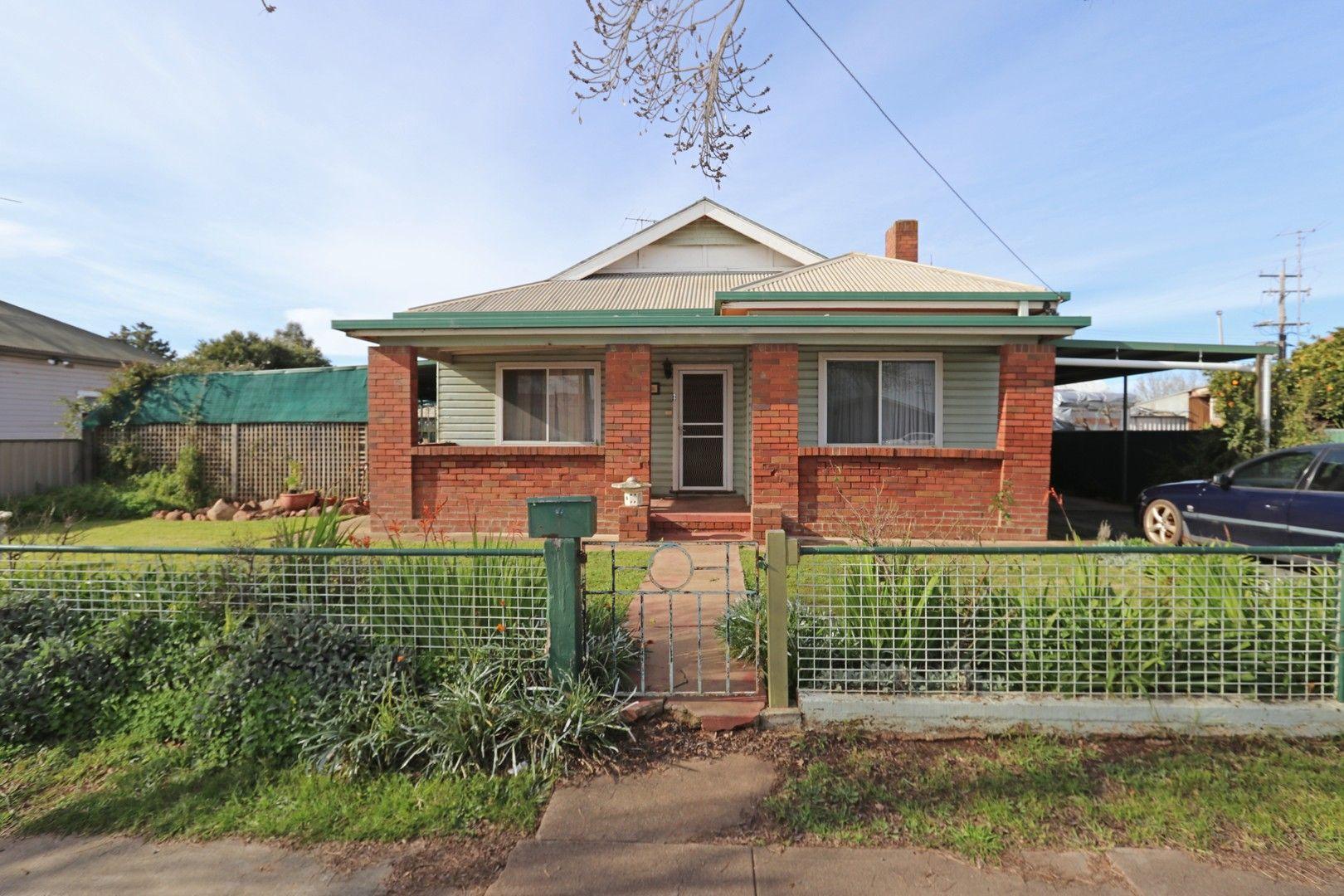 99 Hoskins Street,, Temora NSW 2666, Image 0