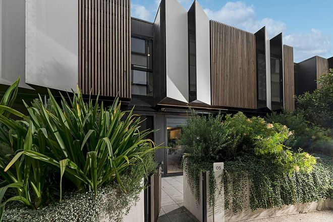 Picture of 5/122 Roseneath Street, CLIFTON HILL VIC 3068