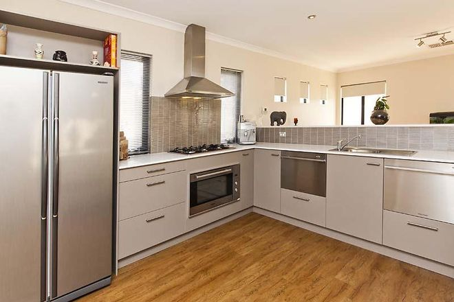 Picture of 75 Vaucluse Circuit, BELMONT WA 6104