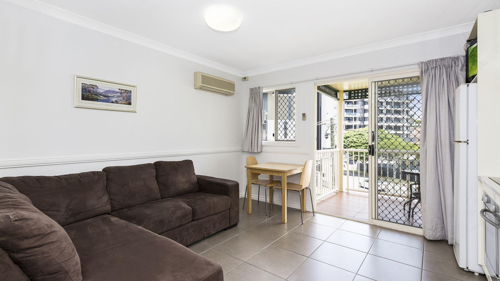 27/38 Jephson Street, Toowong QLD 4066, Image 2