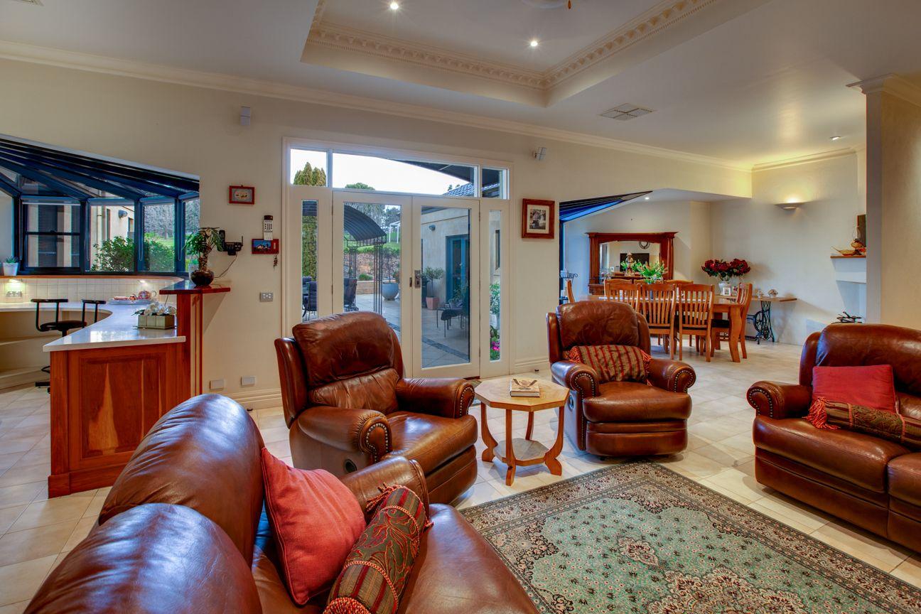 21 Glen Avon Terrace, Wodonga VIC 3690, Image 2