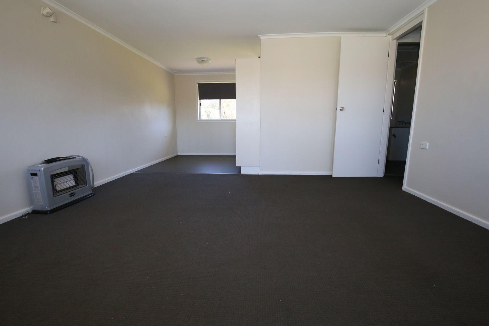 11 Arunta Street, South Bathurst NSW 2795, Image 2
