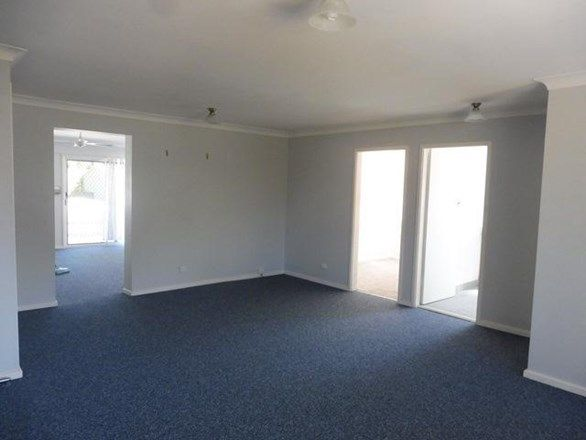 3 Brinawarr Street, Bomaderry NSW 2541, Image 2