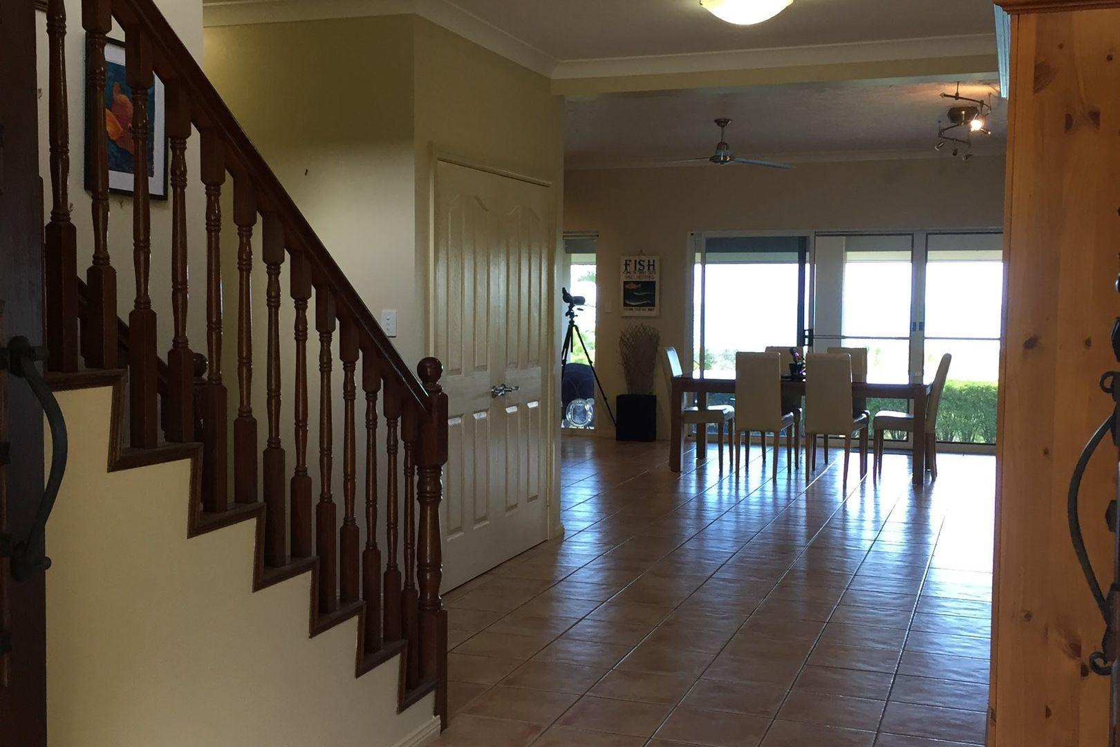 34 Parkwood Terrace, Cannonvale QLD 4802, Image 2