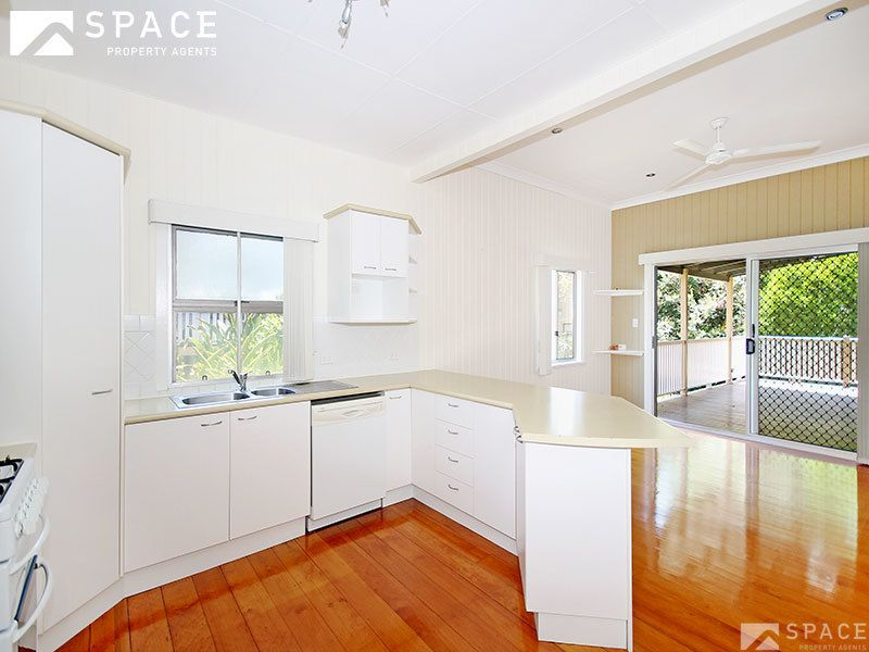 33 Alma Street, Paddington QLD 4064, Image 2