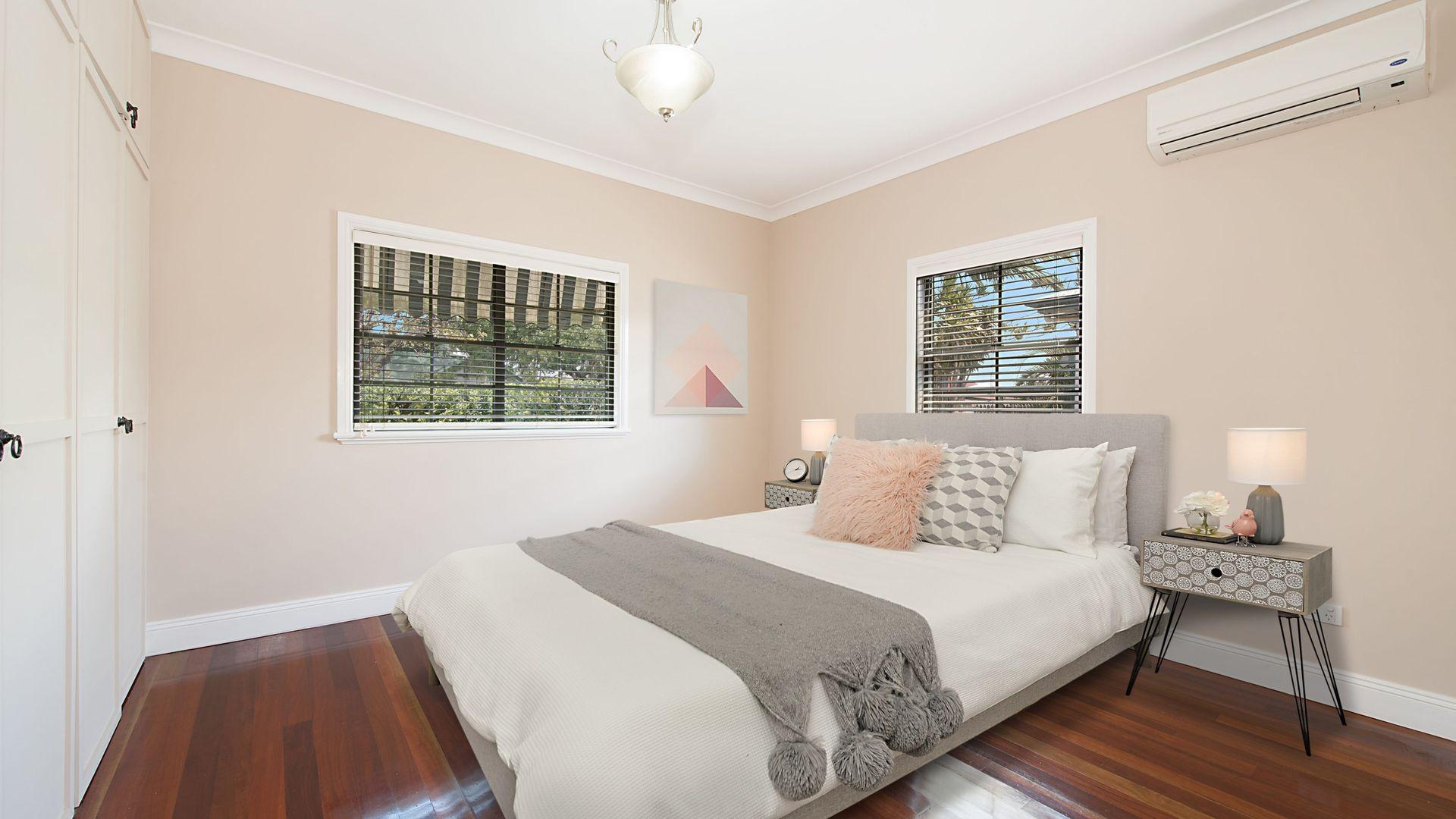 24 JOSEPHINE STREET, Redcliffe QLD 4020, Image 2