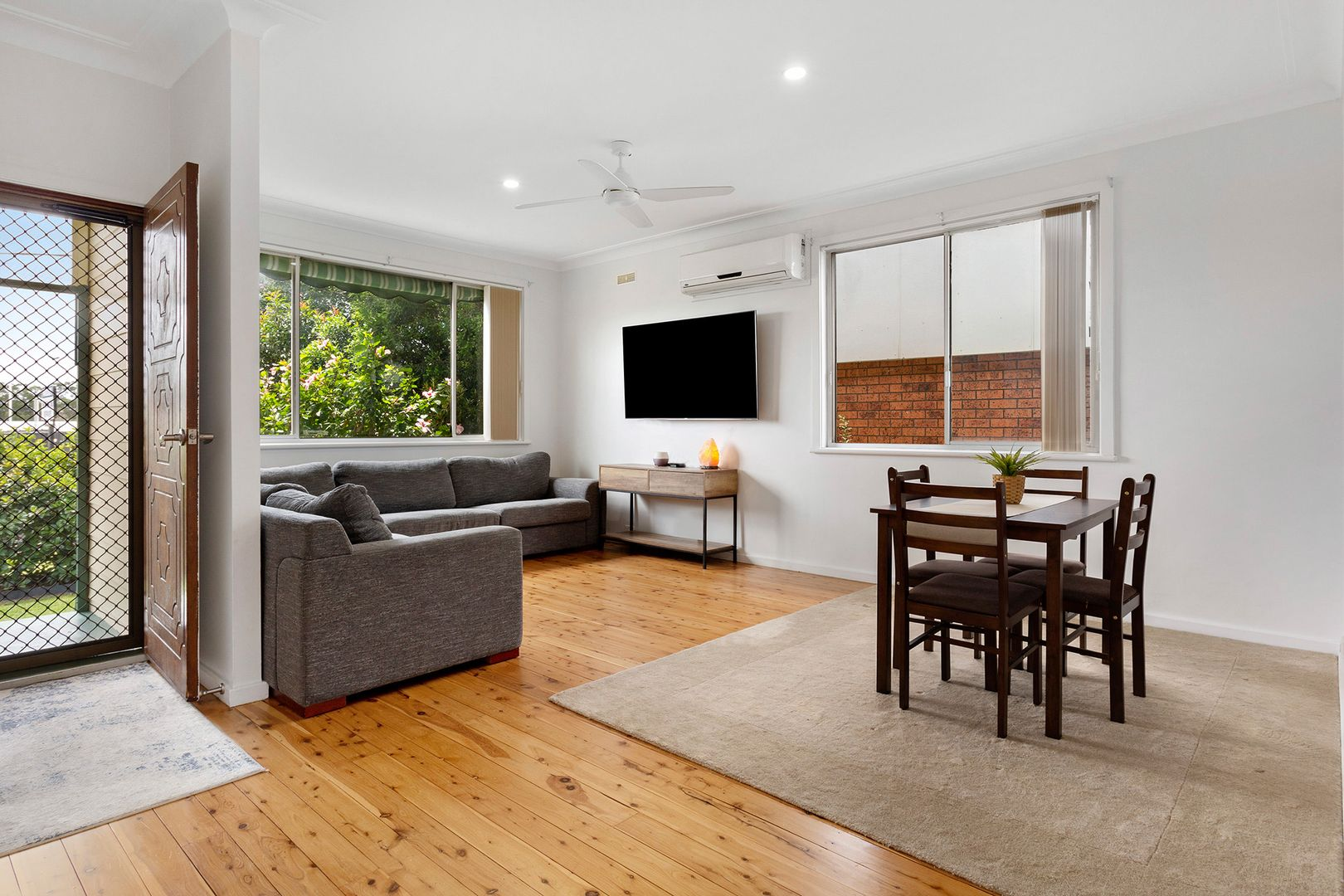 86 Northcote  Street, Kurri Kurri NSW 2327, Image 2