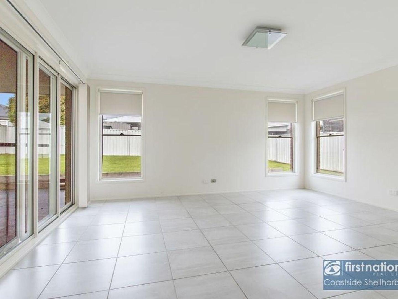 25 Seymour Drive, Flinders NSW 2529, Image 2