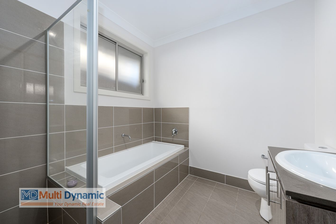 10 Holiday Avenue, Edmondson Park NSW 2174, Image 2