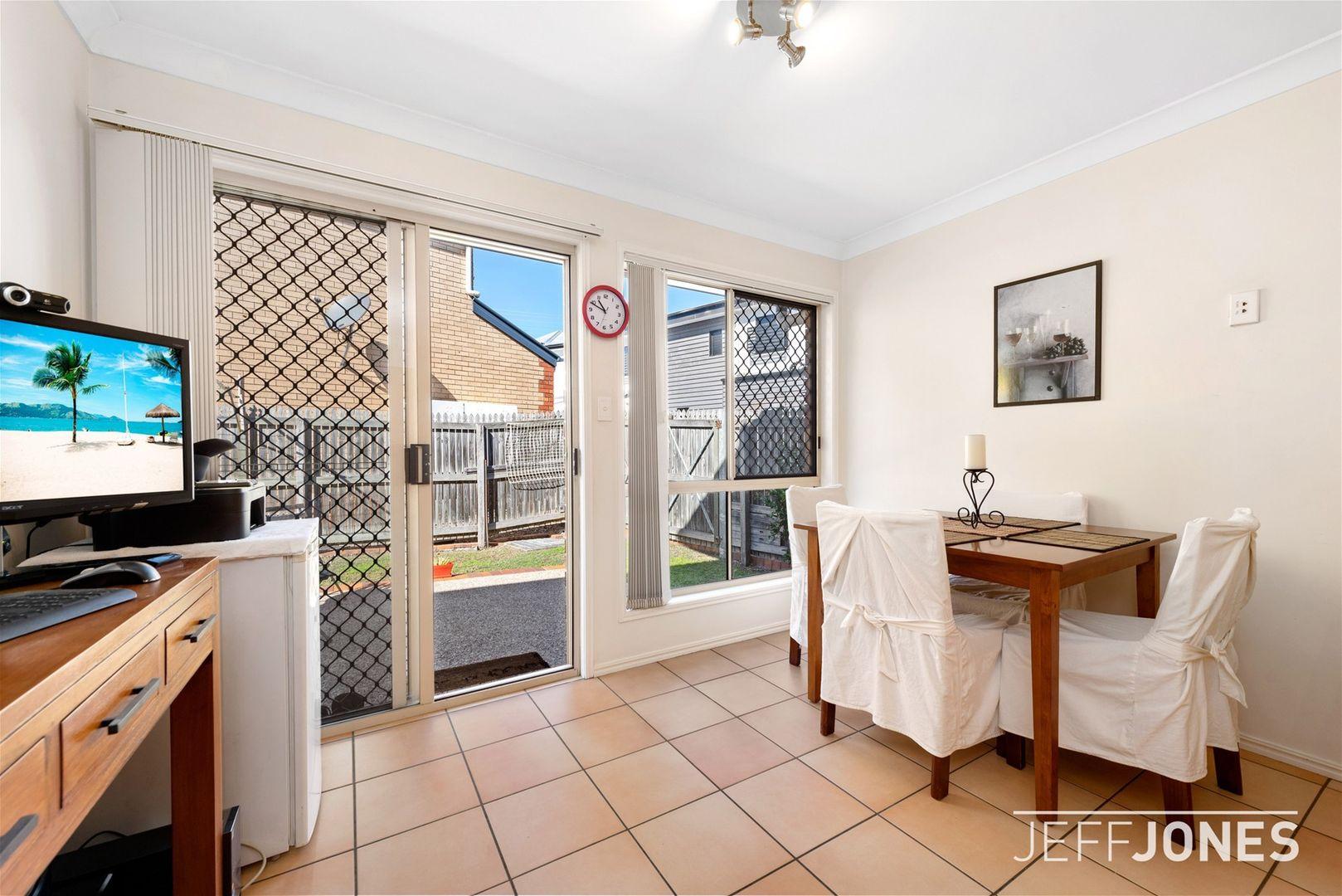 13/37 Birdwood Road, Holland Park West QLD 4121, Image 2