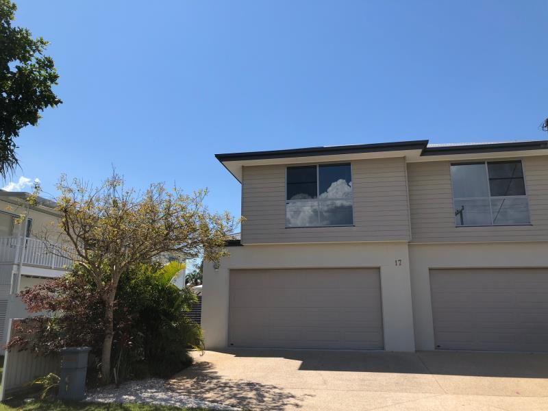 1/17 Eider Avenue, Paradise Point QLD 4216, Image 0