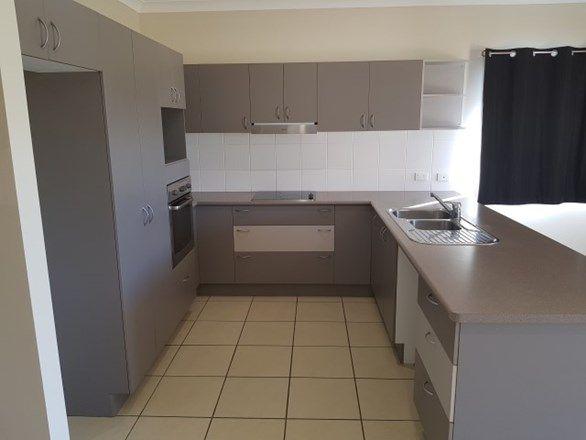 17 Coolaree Drive, Bushland Beach QLD 4818, Image 2