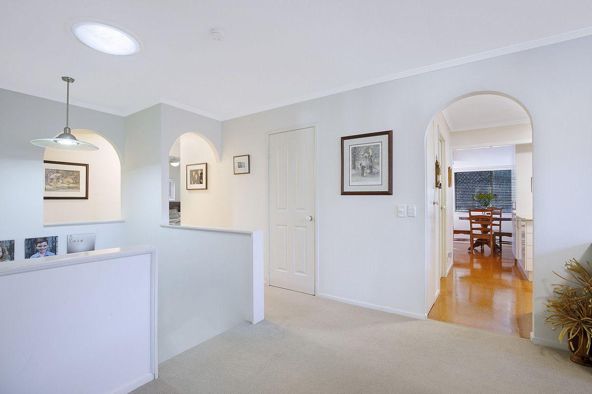 16 Ukamirra Court, Ferny Hills QLD 4055, Image 2