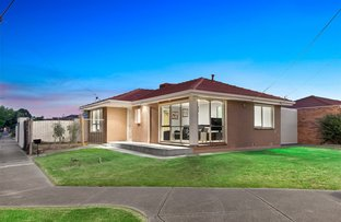 Picture of 26 Braeswood Road, Kings Park VIC 3021