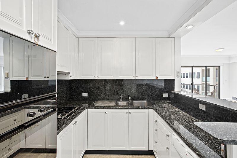 903/37 Glen  Street, Milsons Point NSW 2061, Image 2