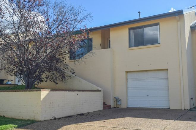 Picture of 2/77 Thornhill Street, YOUNG NSW 2594