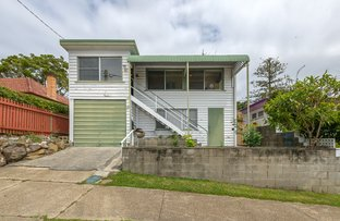 Picture of 48 Muir Street, Labrador QLD 4215