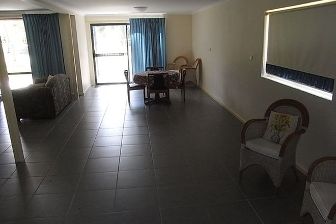 Picture of 25 Candlagan Drive, BROULEE NSW 2537