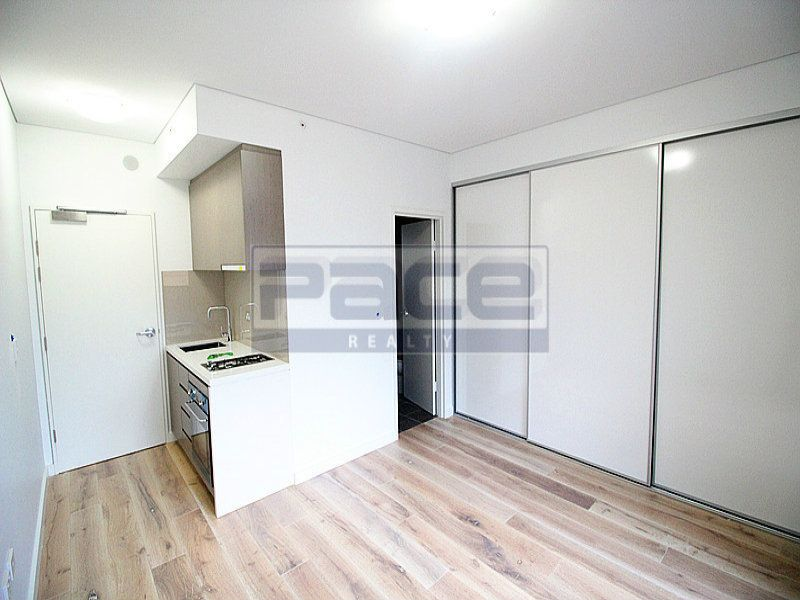 2BED/14 Pound Road, Hornsby NSW 2077, Image 2
