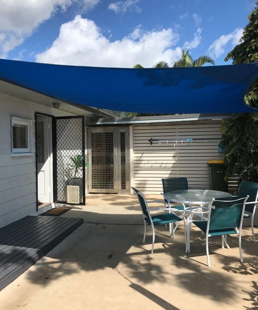 9 Summit Avenue, Airlie Beach QLD 4802, Image 2