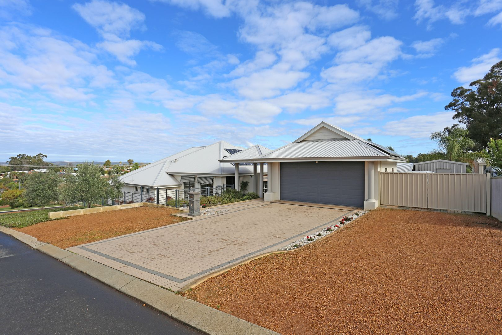14 Hargreaves Street, Collie WA 6225, Image 1