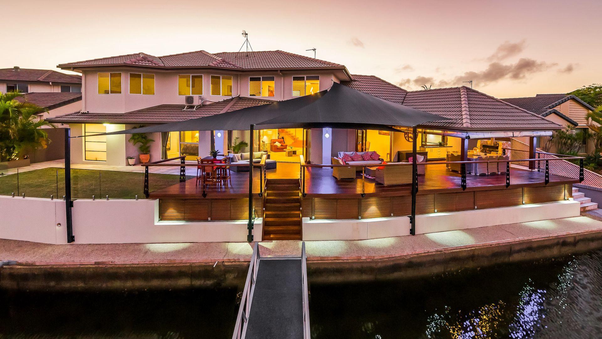 60 Midnight Court, Runaway Bay QLD 4216, Image 2