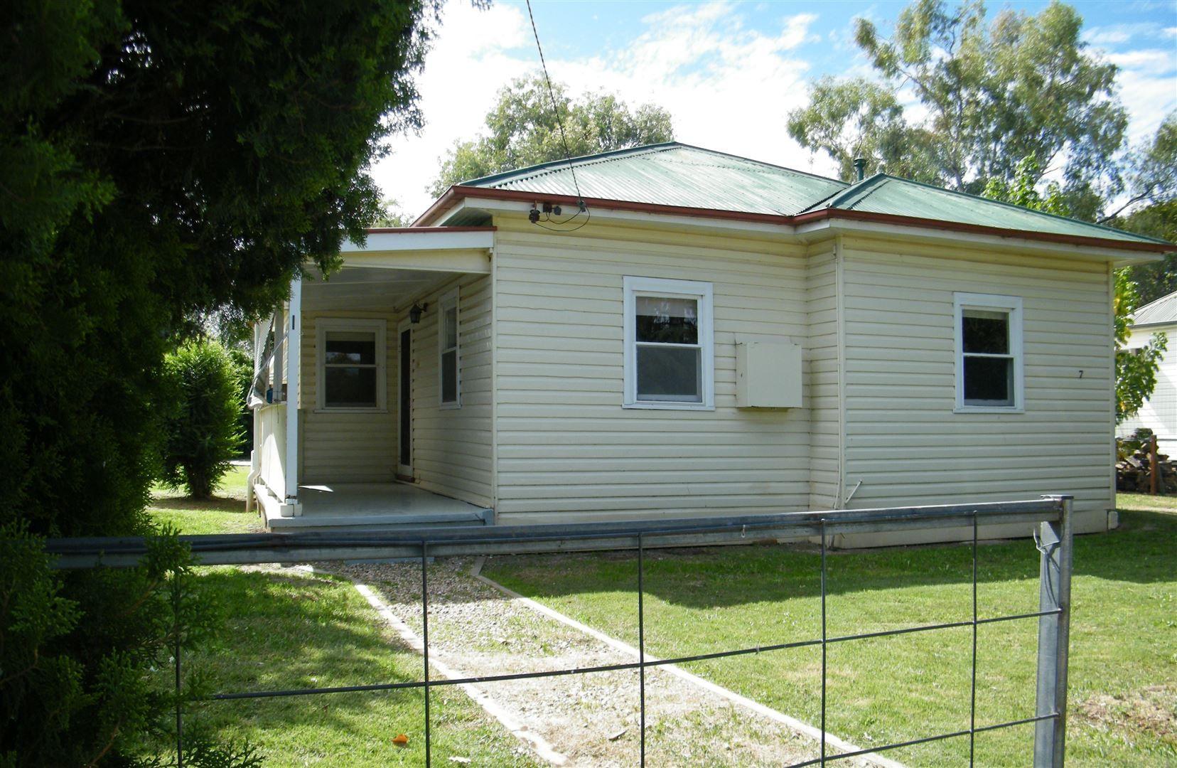 7 Ogle Avenue, Quirindi NSW 2343, Image 0