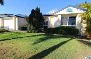 19 Pembridge Place, Carindale QLD 4152