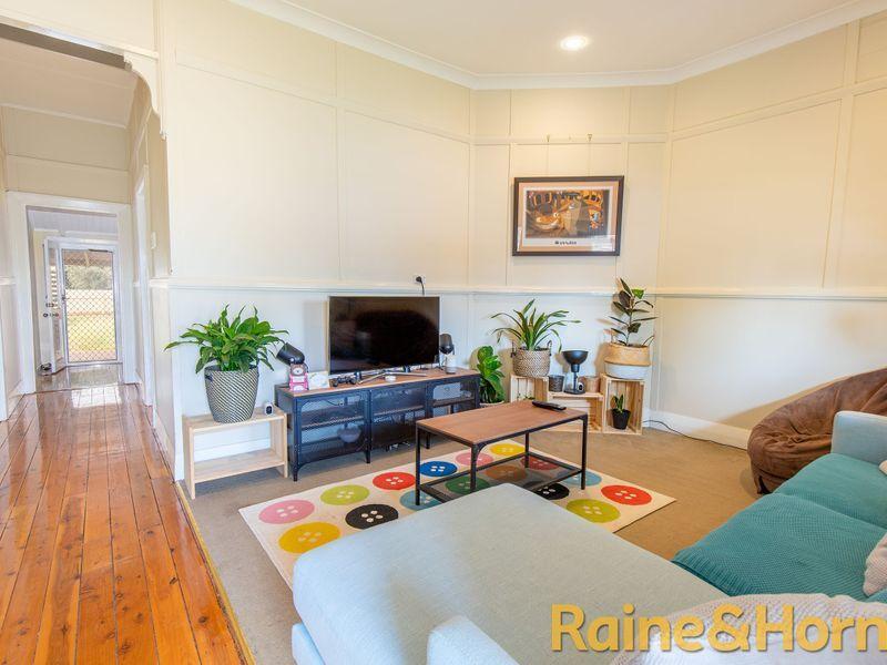 8 Tamworth Street, Dubbo NSW 2830, Image 2