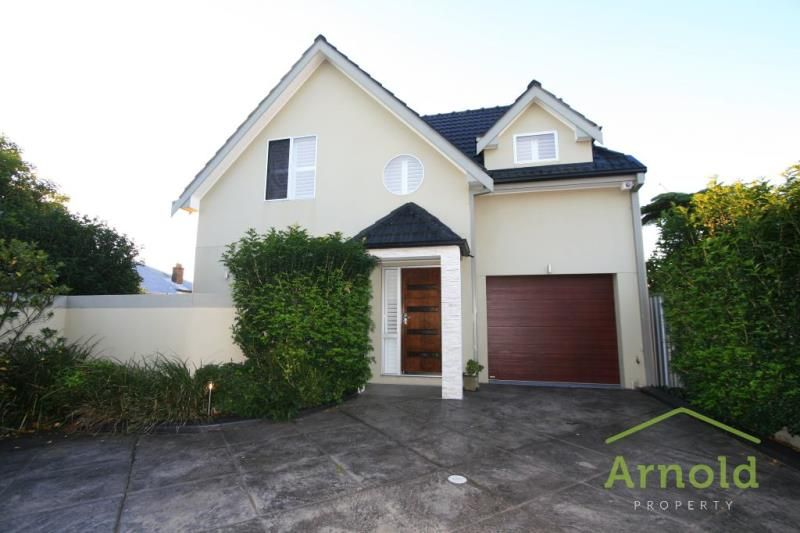 32 Moate Street, Georgetown NSW 2298, Image 0