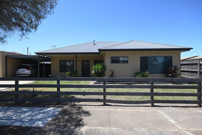 Picture of 211B MacLeod Street, BAIRNSDALE VIC 3875