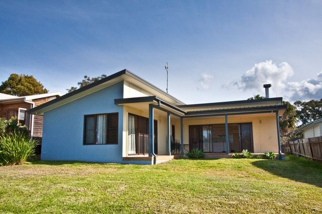 Picture of 134 Tuggerawong Rd, WYONGAH NSW 2259