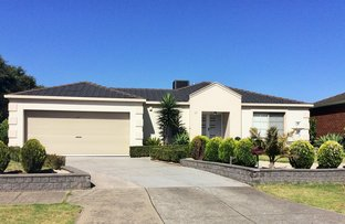 Picture of 32 Perkins Grove, Burnside VIC 3023