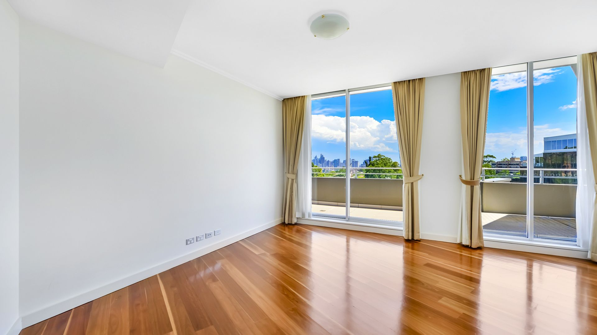33/4 Rangers  Road, Neutral Bay NSW 2089, Image 2