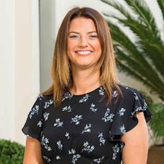 Amelia Langhans, Sales representative