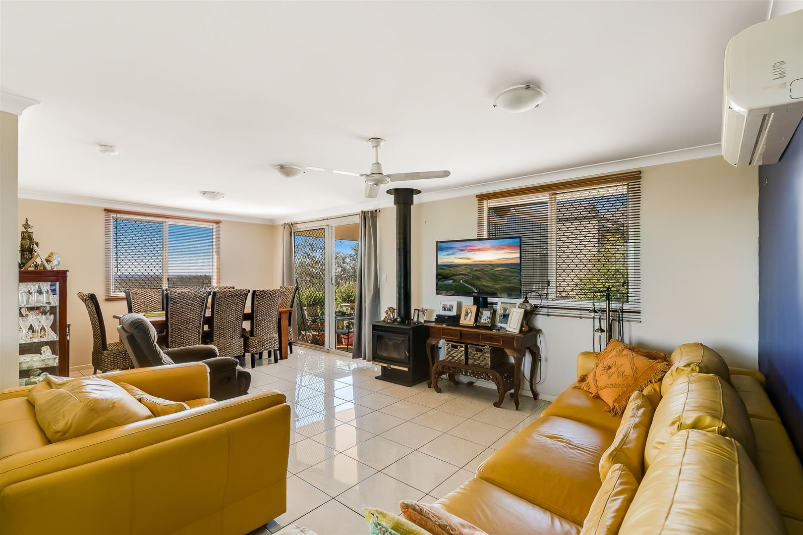 15 Campbell Drive, Highfields QLD 4352, Image 2