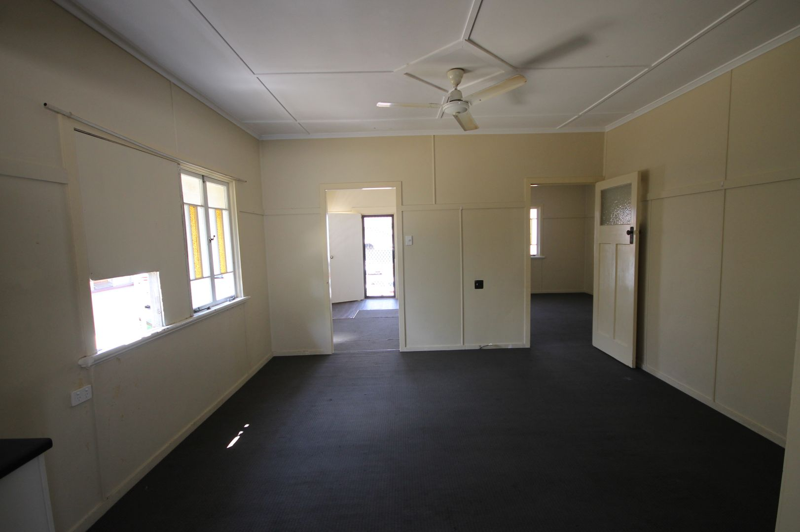 9 Bolsover Street, Rockhampton City QLD 4700, Image 2