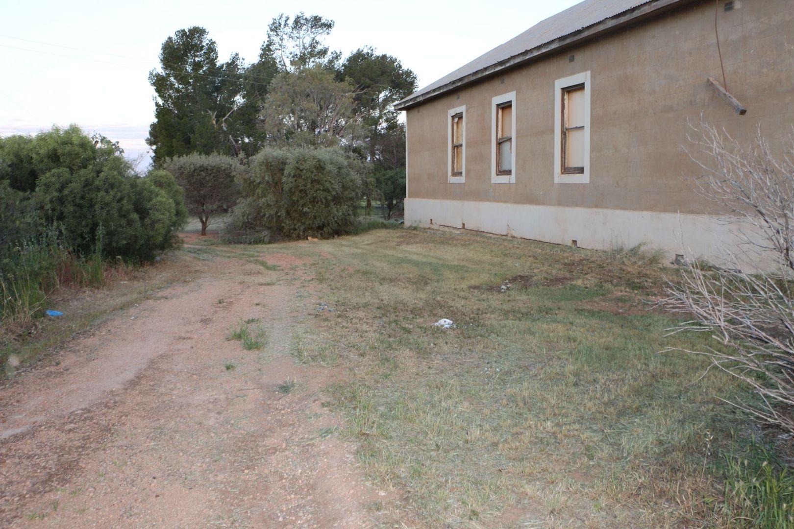 32 Coffey Road, Lake View SA 5555, Image 2
