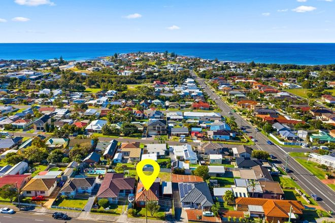 Picture of 235 Shellharbour Road, BARRACK HEIGHTS NSW 2528
